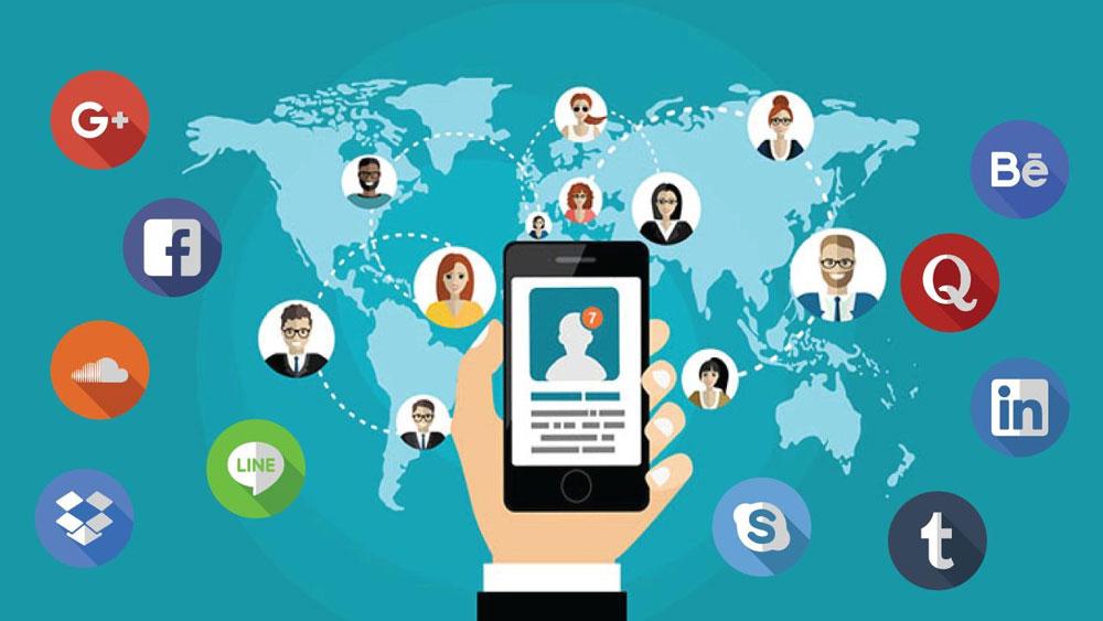 فعالیت در شبکه های اجتماعی
